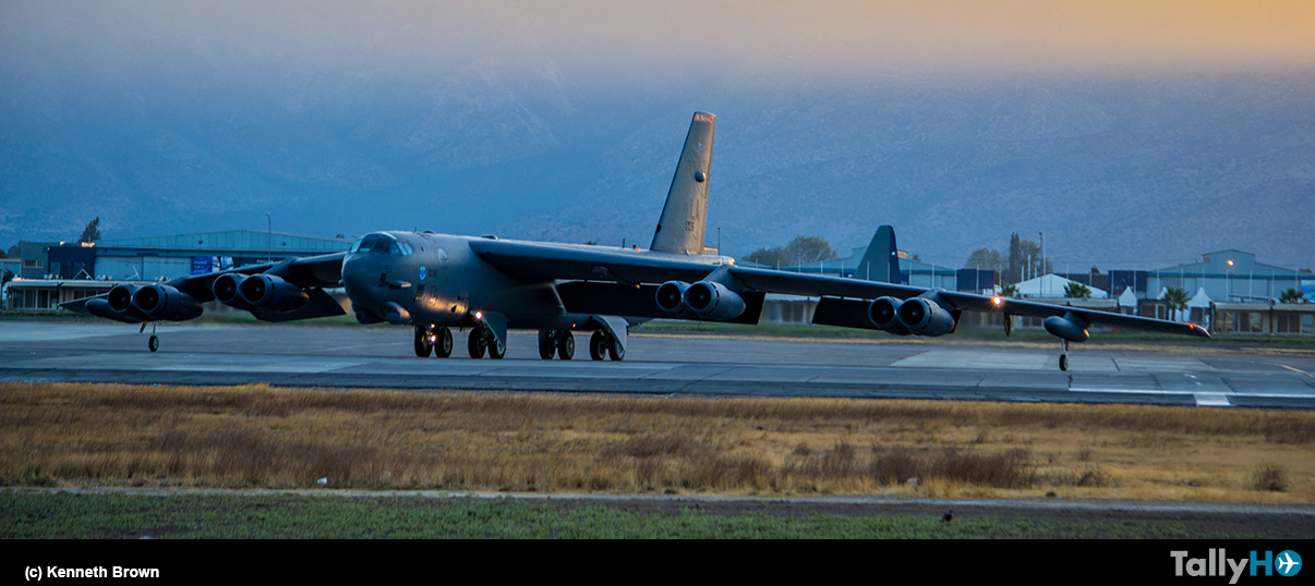 Despedida del Boeing B-52H Stratofortress tras participar FIDAE 2018