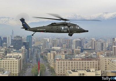 th-vuelo-black-hawk-fach-parada-militar-26