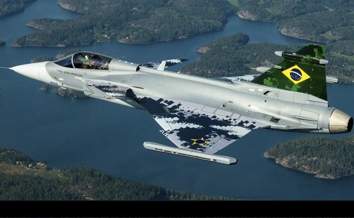 Exitoso Primer vuelo del Saab Gripen  E