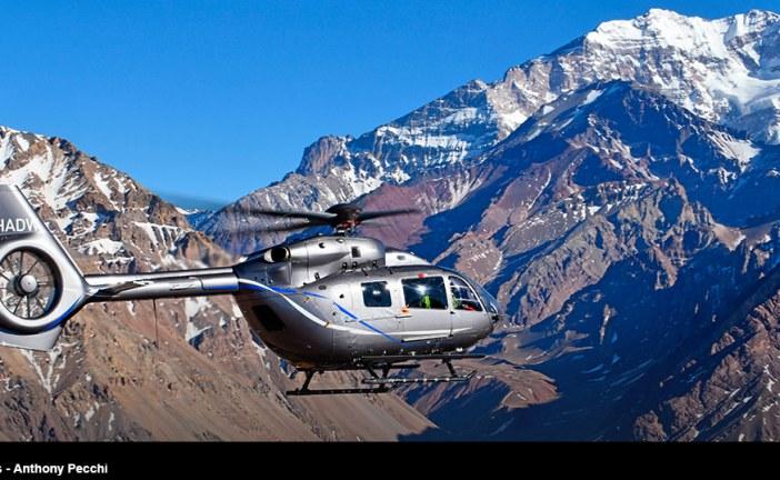 Hito histórico del nuevo H145 de Airbus al aterrizar en la cima del Cerro Aconcagua