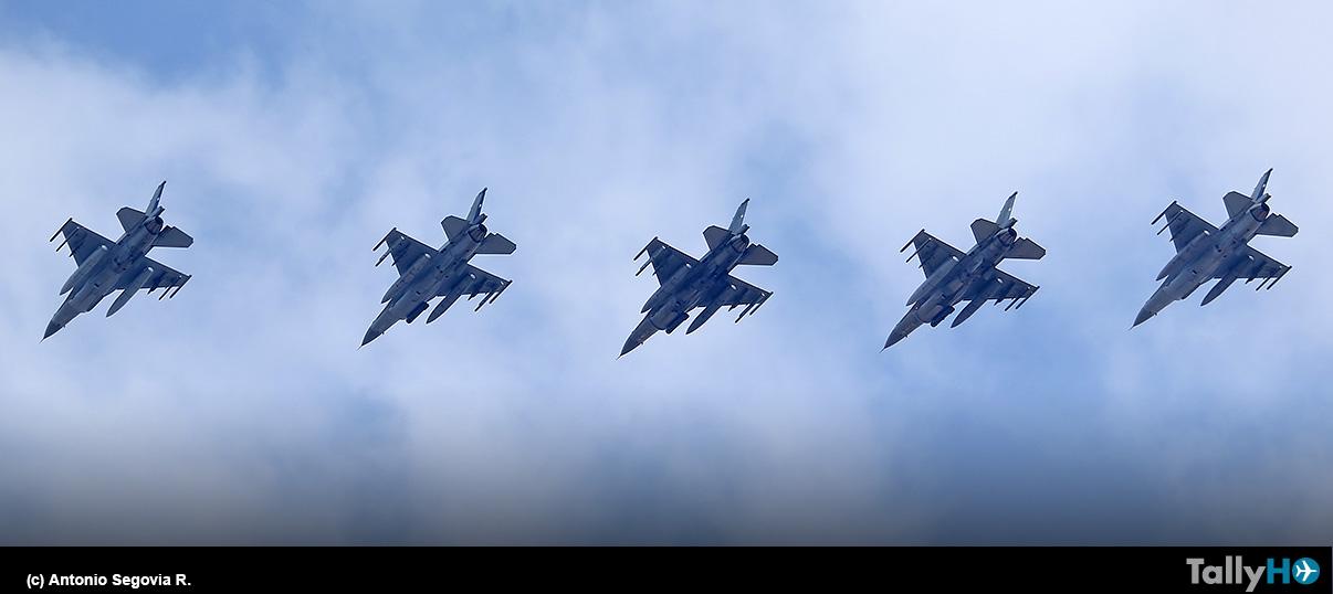 Despliegue de aeronaves FACH en la Parada Militar 2021 desde Base Aérea Pudahuel